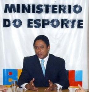 img550x572_20090226120104copa_2014___orlando_silva_jr_ministro_dos_esportes1